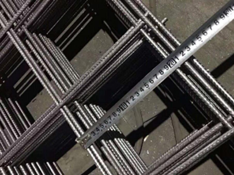 RL718 / RL818 / RL918 / RL1018 / RL1118 / RL1218 Rectangular reinforcement steel mesh